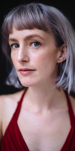 Charlotte Mundy headshot